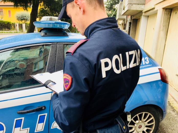 Divisa operativa Polizia di Stato
