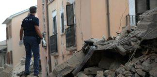 Polizia in servizio presso le zone colpite da eventi sismici