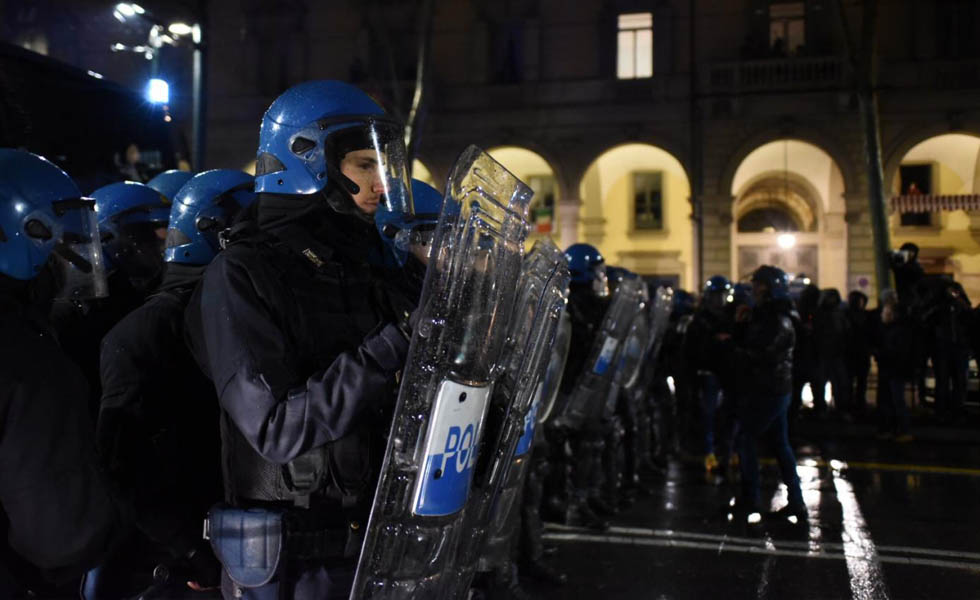 Reparto mobile schierato a Torino